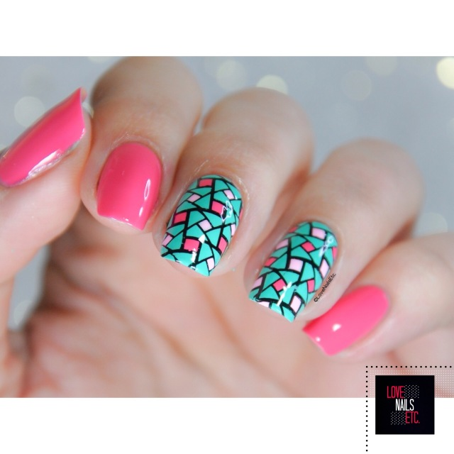 40 Great Nail Art Ideas - Pink aqua geometric nail art3
